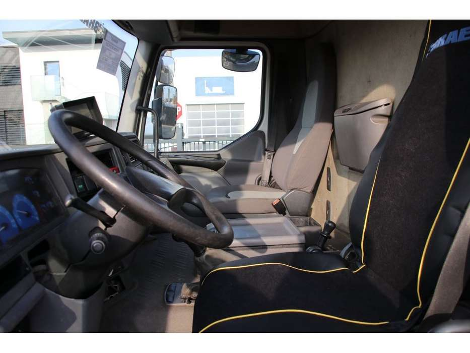 Renault PREMIUM 270.19 DCI + Carrier +Zepro 2000kg - 2006 - image 9