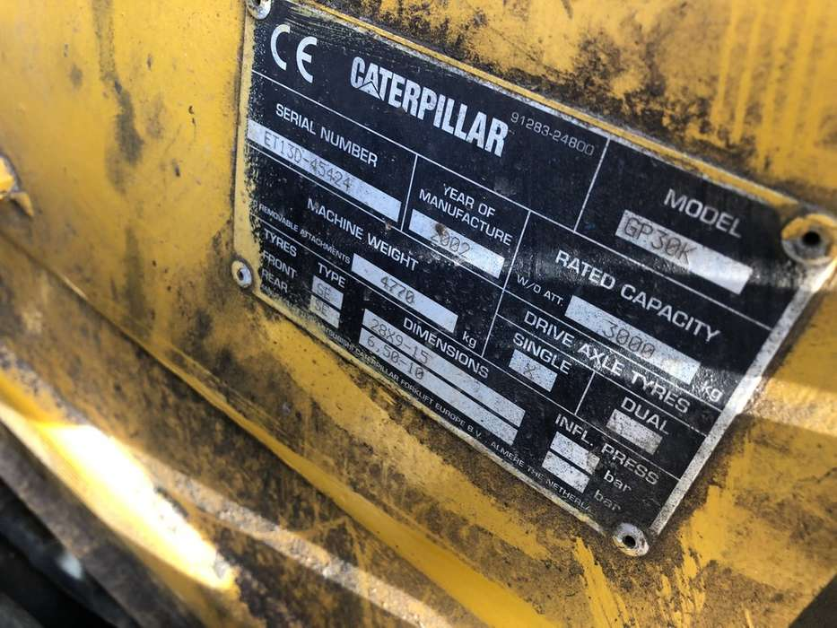 Heftruck CATERPILLAR FG30K triplo470 freelift sideshift... - 2002 - image 9