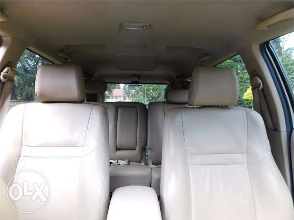 mint condition toyota fortuners Gigiri - image 7