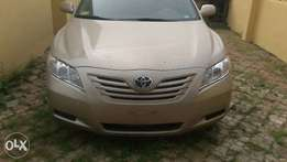 Toyota Camry 2009 model gold