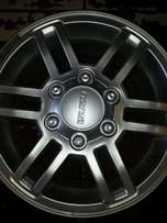 "16"" Isuzu magrims good as new no scratch four pieces."