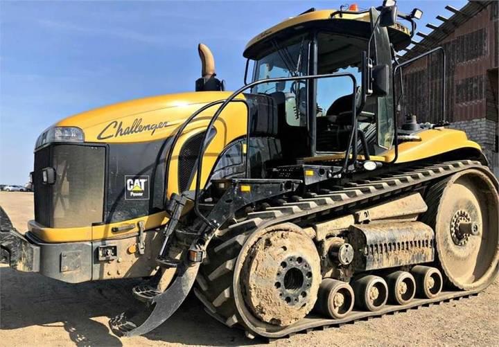 Challenger Mt 865 B - 2010