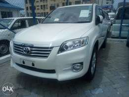 Toyota Vanguard just arrived Pearl White KCN
