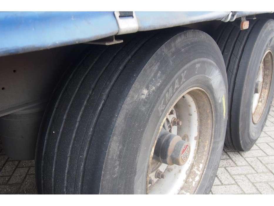 Schmitz Cargobull Tautliner - 2006 - image 4