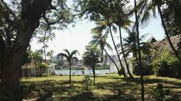 1.25 Acres 1st. Row Beach on Sale at 170M at Nyali, Mombasa