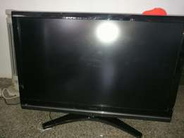Very clean flat screen TV(Philips, Toshiba & Panasonic