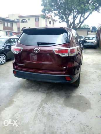 Toyota Highlander 2015 Model Tokunbo Lagos Clear Perfectly Conditions Ikeja - image 2