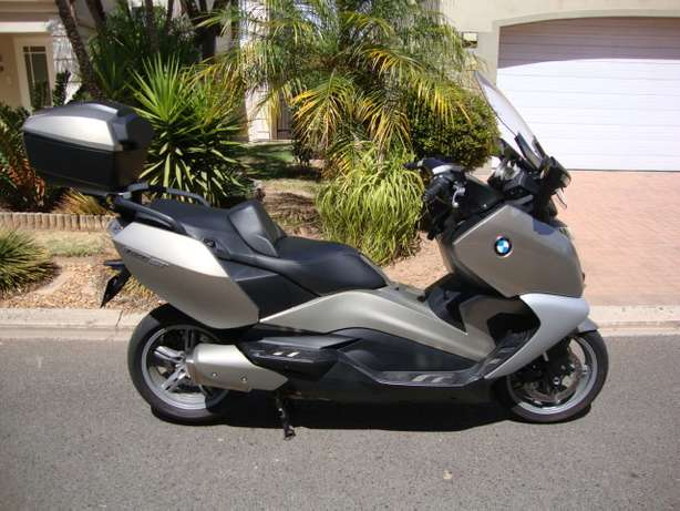 2012 BMW C 650 GT - Only 8,000 Kms Bellville - image 3