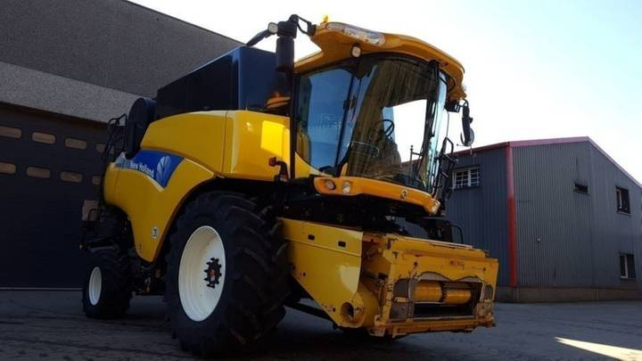 New Holland cr 9080 elevation - 2009