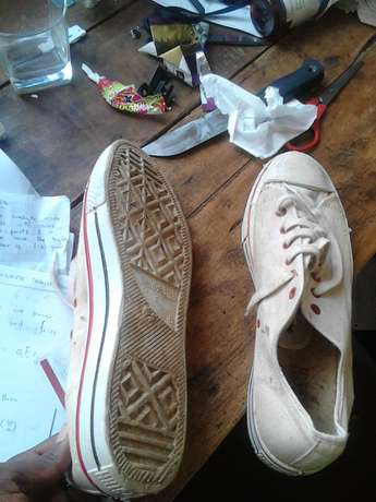 Good condition northstar shoes Nairobi CBD - image 4