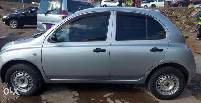 NISSAN MARCH - Well Kept/ Fully Serviced. 450,000 Negotiable Kasarani - image 2