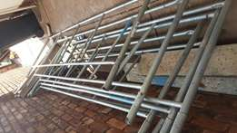 3 tier scaffold with planks and feet