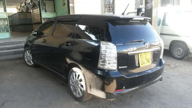 Toyota Wish very clean in qk Nairobi CBD - image 2
