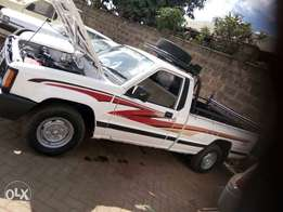 Mitsubishi l200 single cab like Toyota Hilux Nissan Hardbody
