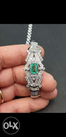 We buy gold and silver ; bullions, jewelry and precious stones in cash