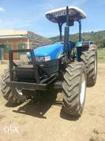 Tractor newholland tt75 4wd