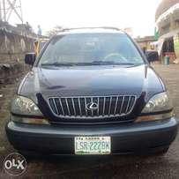 Buy and Drive Lexus RX300