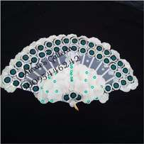 Brides n Queens ''Delicate'' White Roses Bridal Hand-Fan