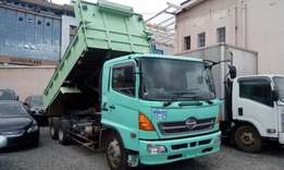 Truck Tipper Hino just arrived 10wheels on sale