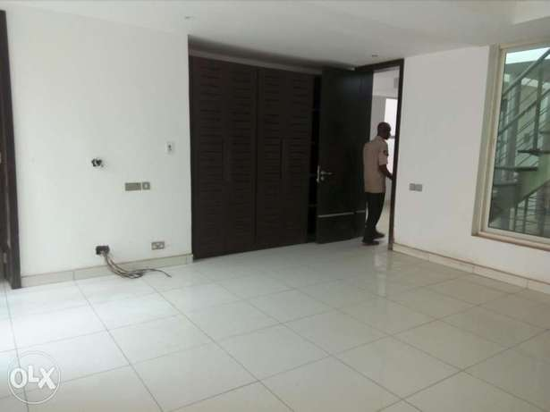 3 bedroom all Ensuite Terrace Duplex Jabi - image 6