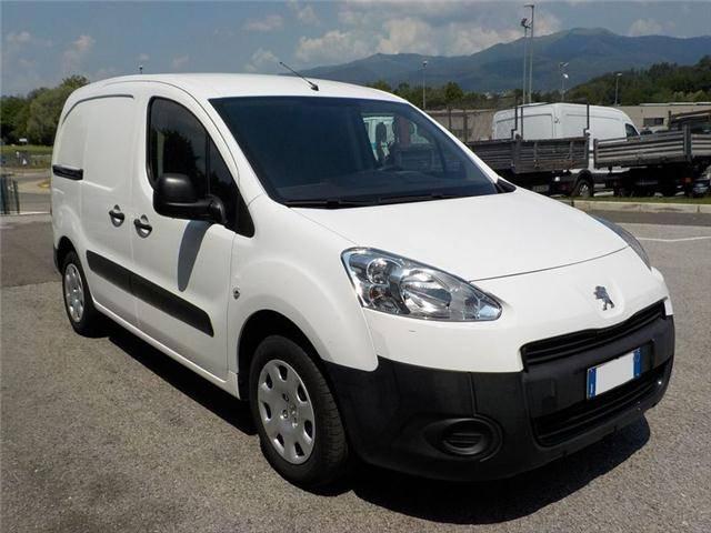Peugeot Partner 3 posti 90CV - 2015