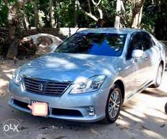 Toyota Crown 2010 Royal Saloon - Silver - Immaculate KCJ
