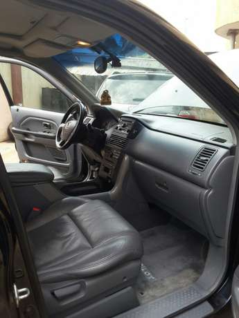 Super Clean 2005 Honda Pilot. Tokunbo. Accident free. Lagos Cleared Oshodi/Isolo - image 5