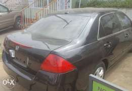 Honda Accord - 2006 Black