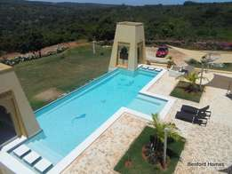 Luxurious 5 bedroom fully furnished hill top villa holiday home.