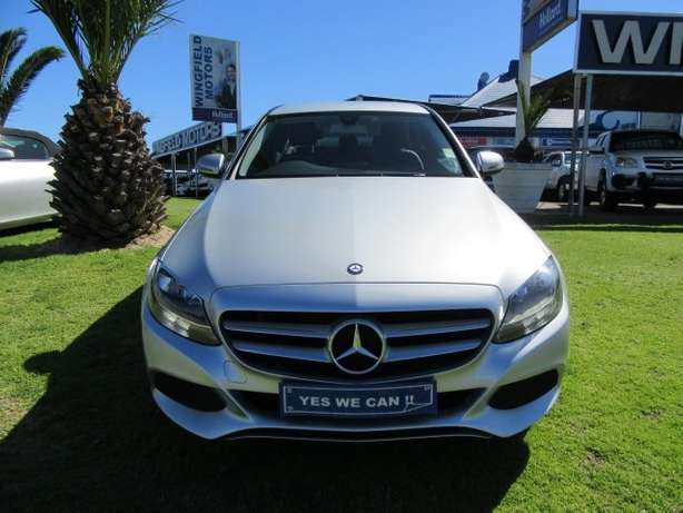Mercedes Benz C180 A/T- Make your statement... Kuils River - image 2