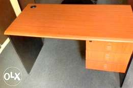 Quality Office Table (RF 0052)