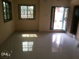 To let: newly built room n parlour self con at Afunbiowo estate Akure