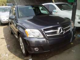 Mercedes GLK 350 4matic in stores