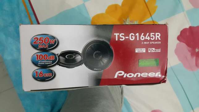 Pioneer speakers 250watts ts-g1645r Tudor Four - image 2