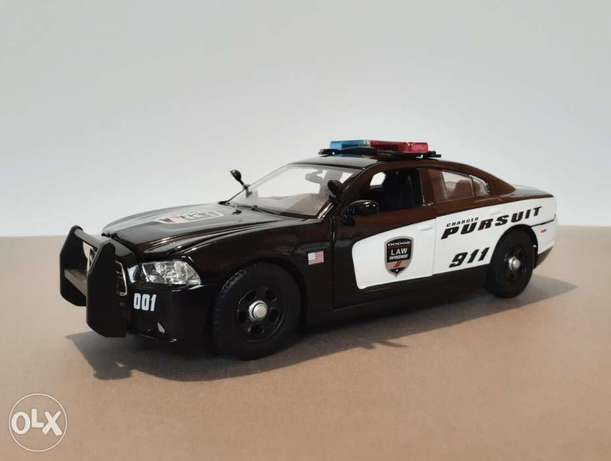 Dodge Charger 911 Pursuit diecast car model 1:24