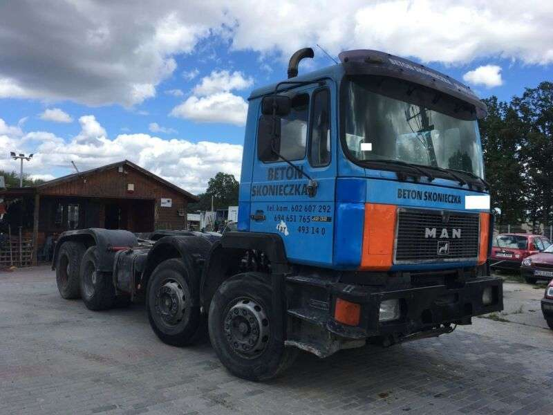 MAN 32.322.372.chassis 8x4.ual.full Steel - 1994