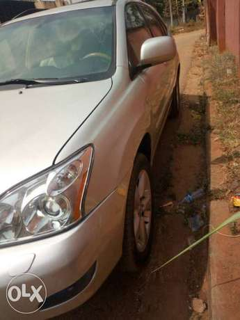 Very clean less than a year registered lexus rx330 Asaba - image 3