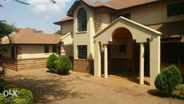 4 bedrooms villas to let in Runda.