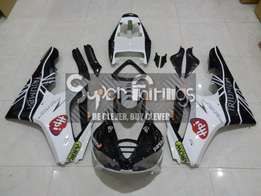 Super Fairings - Fairing Kit - Triumph