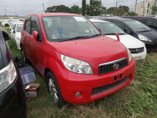 Toyota Rush KCN number 2010 model loaded with alloy rims, good m Mombasa Island - image 5