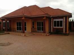 House for sale located in kyaliwajala