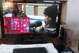 LG 32' plasma TV ,MECER mini pc,WIRELESS,keyboard with built in mouse