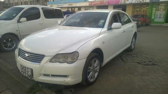 Toyota Mark x in great condition. Buy and drive!! Embakasi - image 1
