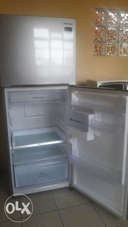 Brand new Samsung Fridge for sale Highridge - image 3