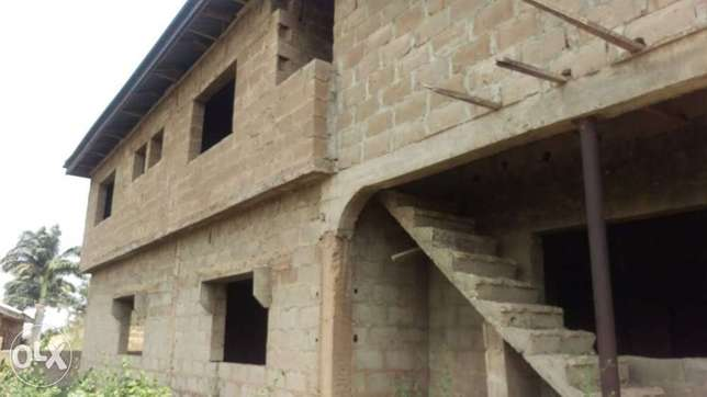 An uncompleted 5bedrooms duplex for sale Ibadan South West - image 4