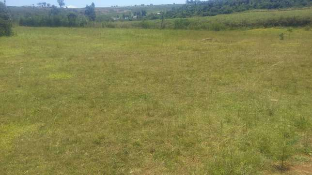 Prime 1/4 plots at Kipkenyo Eldoret North - image 2