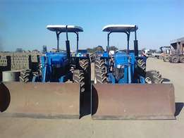 2 x Brand new Holland 7500 DT tractors for sale