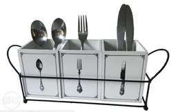 Cutlery holder with handles