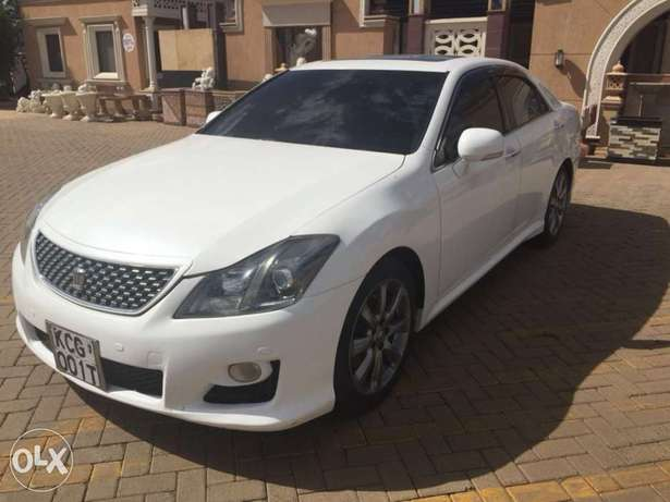 Toyota crown athlete (trade in accepted) Nairobi West - image 1