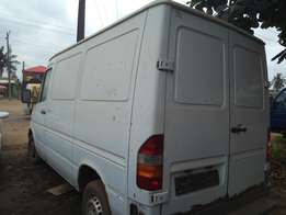 Mercedes Sprinter tokumbo bus N1.550m